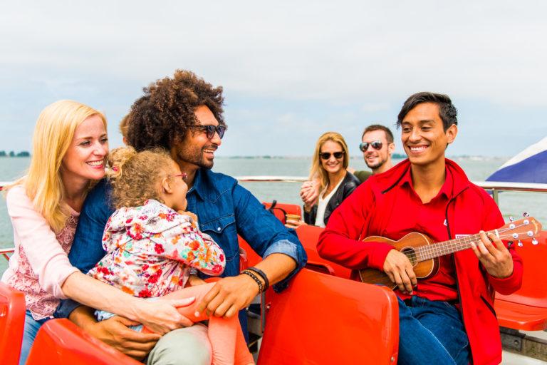 Der beste Ausflug mit Kindern ist in Volendam.