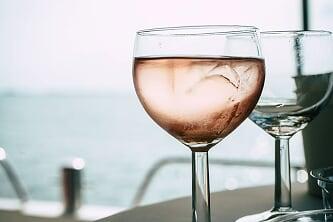 Wine dine cruise Volendam